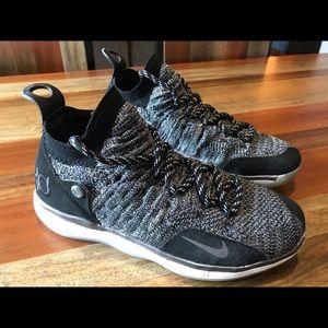 Boys Nike KD XI Basketball Shoes